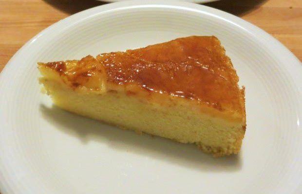 Torta ananas, olio e cannella